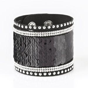 Black/silver bracelet paparazzi